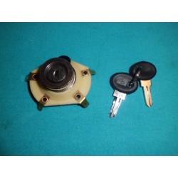 Man 011 serratura contatto vespa et3/px